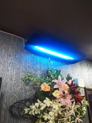 紫外線殺菌装置導入事例カラオケスナック蜩の宿